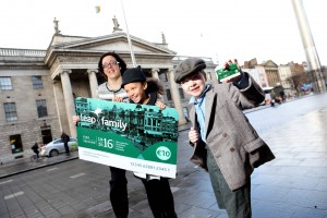 Repro Free: Tuesday March 1st 2016. 1916 meets 2016: Pictured launching the €10 Leap Family Card was Anne Graham, CEO of the National Transport Authority with Megan Cronin age 7 from Kildare and Darragh McCormick age 7 from Galway. A new, promotional Leap Family Card was today launched by the National Transport Authority. Costing only €10, the Leap Family Card gives a family of two adults and up to four children (aged 18 or under) 24-hours unlimited travel in and around the Greater Dublin Area on Dublin Bus, Luas, Bus Éireann, DART and commuter rail. Picture Jason Clarke.